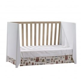 Flexx Classic Crib as daybed in White and Natural Wheat