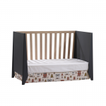 Flexx charcoal crib with natural oak wood as daybed